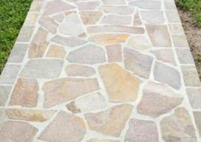 posa vialetto in pietra